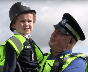 Persian and one of his heroes: Northfield PCSO George Homer