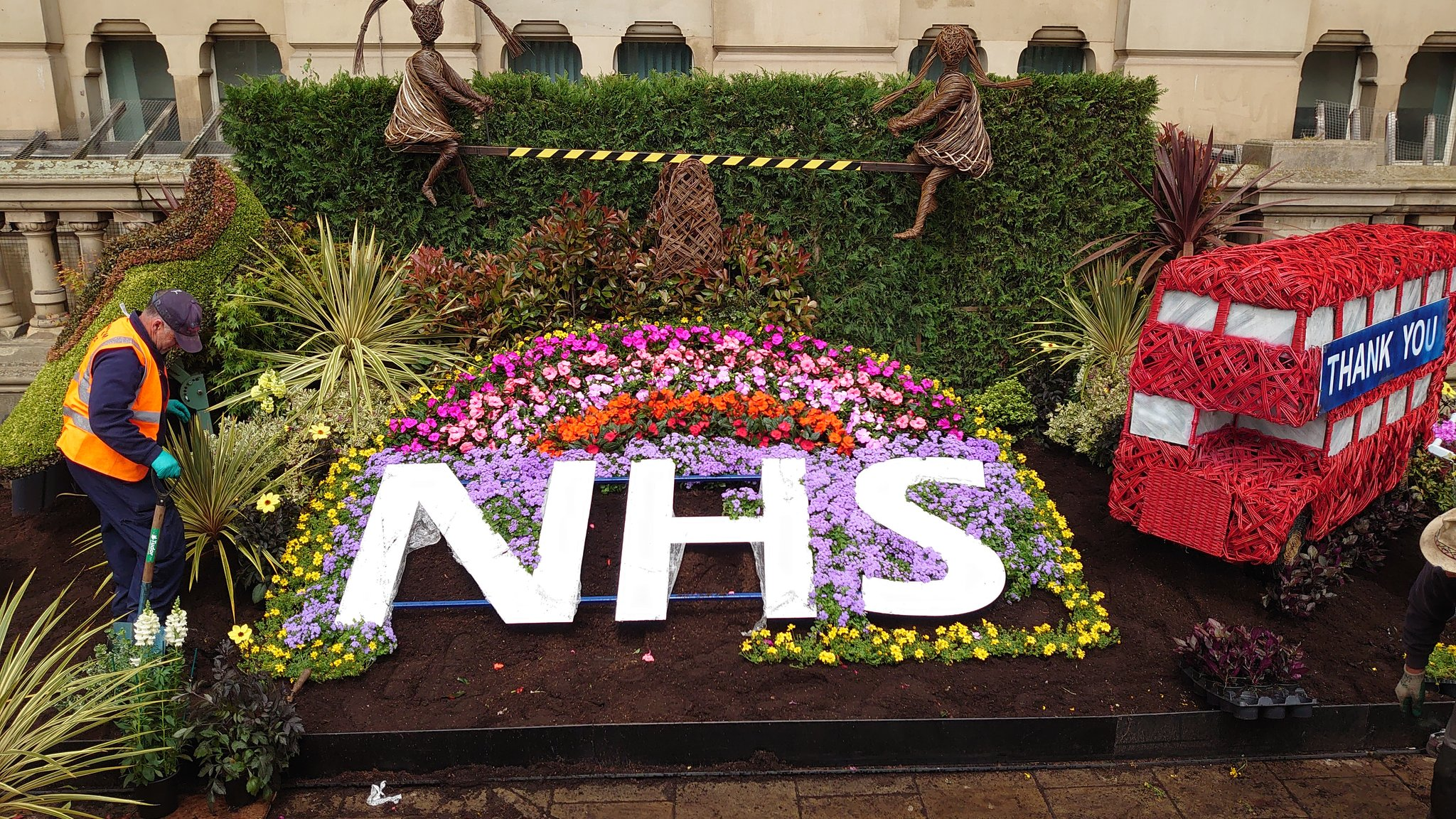 Brum S Stunning Floral Tribute To Honour Key Workers B31 Voices